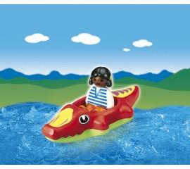 Copil Cu Barca