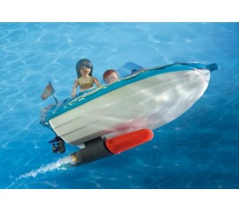 Barca de Viteza cu Surfer