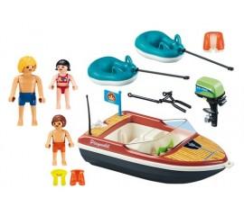 Barca Cu Motor Si Colacuri
