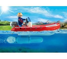 Barca gonflabila cu cercetatori