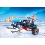 Piratul Arctic Cu Snowmobil