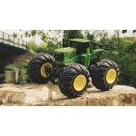 Tractor John Deere cu roti mari si telecomanda