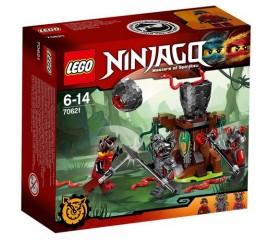Atacul Stacojiilor LEGO Ninjago