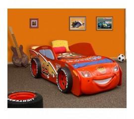 Pat in forma de masina McQueen MDF