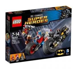 Batman™: Urmarire cu motocicleta in orasul Gotham